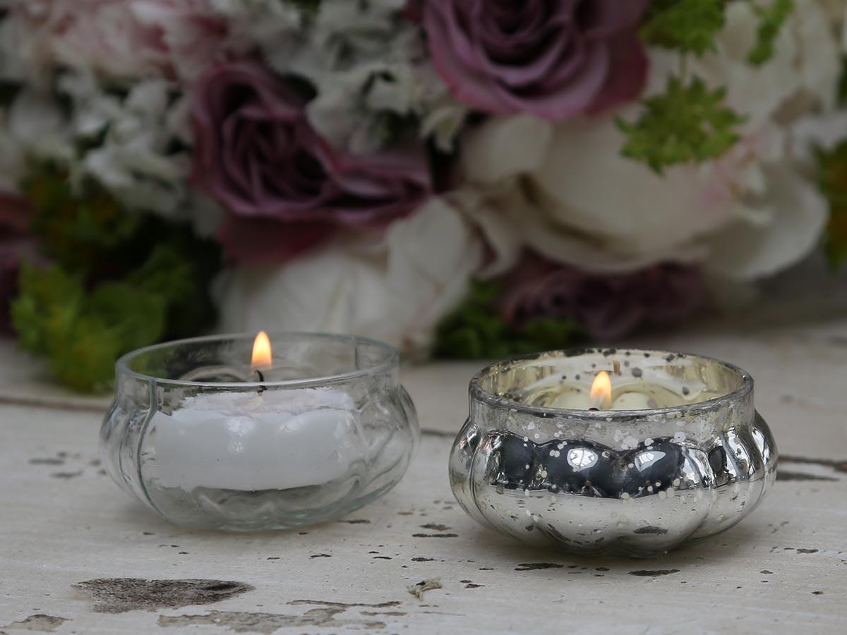 Skleněný svícen - stříbrný