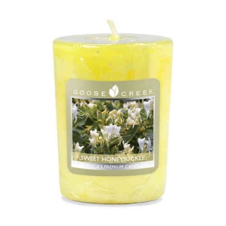 "Vonná svíčka Goose Creek Candle ""Sweet Honeysuckle"" - votivní"